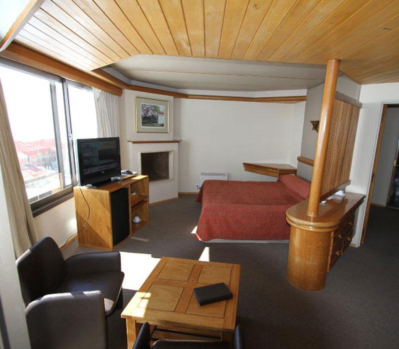 Las le as skiweek hasta 40 off en hotel piscis for Hotel piscis las lenas